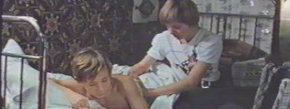 Видео о сексе с старшей сестрой